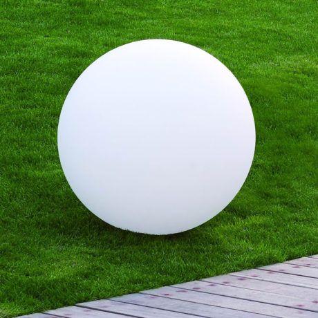 Bollamp 40cm Wit in het gras