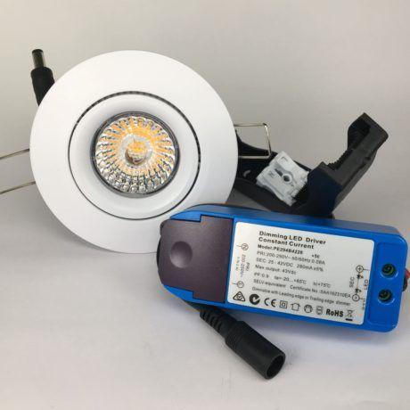 Downlighter Spot IP44 13W 38° dimbaar 2000-2800K wit set