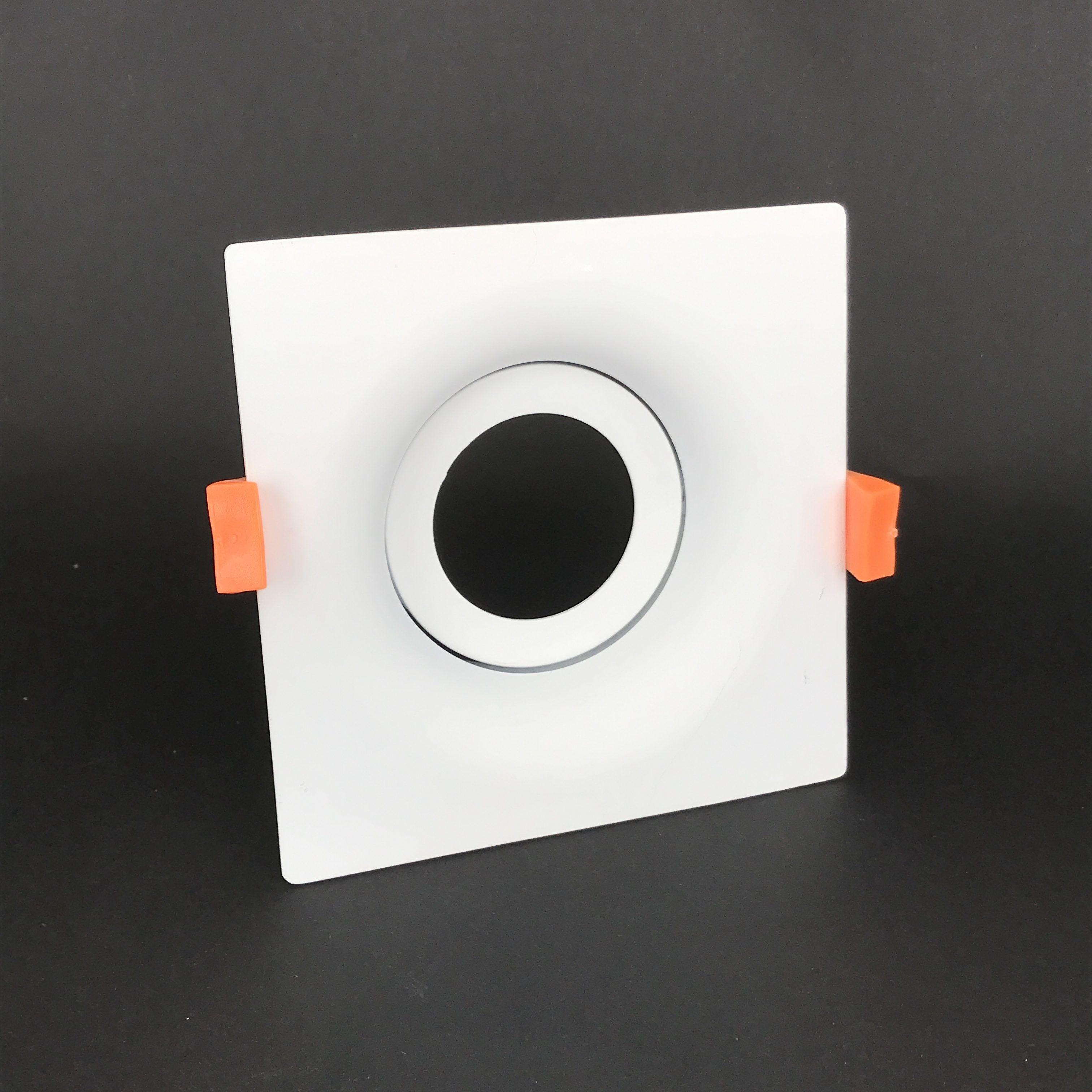 Inbouwring 110mm organisch vierkant wit